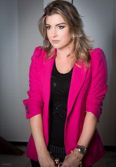 blazer rosa - Pesquisa Google Blazer Shirt, Sweaters, Jackets, Shirts, Women, Fashion, Pink, Down Jackets, Moda