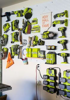 How to organize tools using pegboard #garageworkshopshelving