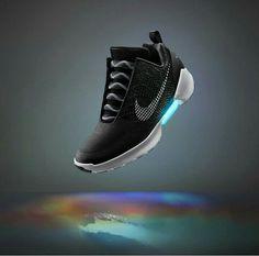 q w e r t y u I o p ñ l k j h g f d s a z x c v b m n 1 2 3 4 5 6 7 8 9 0  ••• Zapatillas negras de Nike