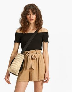 Off-the-shoulder T-shirt with scalloped trims - T-shirts Look Con Short, T Shirts, Skater Skirt, Off The Shoulder, Short Dresses, Street Style, Clothes, Women, France
