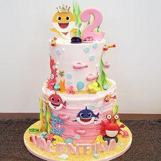 Girls 2nd Birthday Cake, Shark Birthday Cakes, Card Birthday, Birthday Greetings, Birthday Ideas, Happy Birthday, Theme Mickey, Shark Cake, Baby Girl Cakes