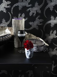Winter Interior Design Black Out! Dark & Tempting Black Interior Decoration - Luxorious Gothic Style - Holographic Wallpaper Komodo by Osborne, Silver Colored Cardboard Vase by Paolo Ulian forr Skitsch! Holographic Wallpapers, 2014 Trends, Home Decor Trends, Color Trends, Interior Decorating, Interior Design, Bedroom Decor, Bloom, Gothic