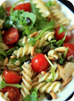Salad with Italian; a recipe from my four hours handyman - feteGabriel - Salade Vegetarian Sandwich Recipes, Healthy Salad Recipes, Fusilli, Healthy Cooking, Cooking Recipes, Summer Recipes, Italian Recipes, Food Inspiration, Entrees