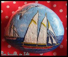 painted rocks - sailboats at sea
