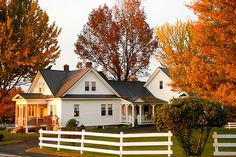 farmhouse in the fall
