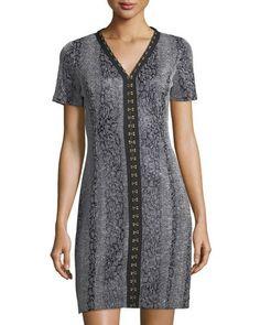 T TAHARI SOFIA V-NECK HOOK-TRIM DRESS. #ttahari #cloth #