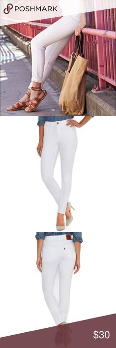 Levi's High Rise Skinny Jeans in White Great condition Levi's Jeans Skinny