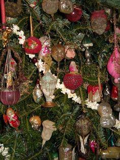 German Christmas Ornaments, Christmas Trees, Postcard Design, Blown Glass, Holiday Decor, Xmas Trees, Christmas Tree, Xmas Tree