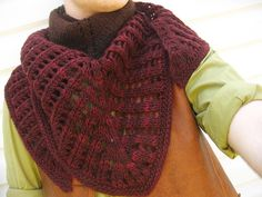 Free Pattern: Colonnade Shawl by Stephen West