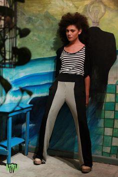 Pantalones con tiro bajo y tangtop con capita integrada jamás pueden faltar!  http://www.facebook.com/pages/Lacayo-Pez-Prendas-Experimentales/263209390376930?ref=hl