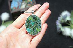 Green fantasy swirl necklace elven necklace pendant leaf