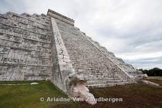 El Castillo, Chichen Itza ruins, The Yucatan, Mexico