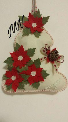 Christmas Fabric Crafts, Felt Christmas Decorations, Christmas Ornaments To Make, Christmas Sewing, Felt Ornaments, Homemade Christmas, Christmas Crafts, Ornaments Ideas, Father Christmas