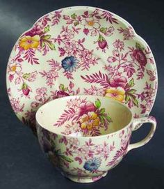 Johnson Brothers OLD ENGLISH CHINTZ PINK Cup & Saucer