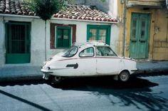 Το ελληνικό τρίκυκλο που κατέκτησε τις μεταφορές τη δεκαετία του '60   My Review Strange Cars, Weird Cars, Microcar, Athens Greece, Small Cars, Fiat 500, Country Of Origin, Automobile, Vehicles
