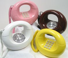 The 'Western Electric Sculptura' is probably one of the most  quintessential 1970s telephones there is. It was produced in three colors, yellow, brown, and white. And it was offered as either TouchTone or rotary dial.