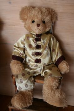 JETT is a Settler Bear from the Great Wall Collection. price AU$94.50 SHIP WORLDWIDE Email:toodledoo@bigpond.com www.settlerbearsaustralia.com.au, Mobile: 0433 253 800 Toodle Doo - the MAGIC place to shop!