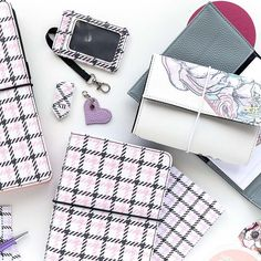 Have you taken a look at the NEW Trifolio & Go? Perfectly holds two small inserts, cash, credit cards and more! . . #plannerwallet #walletplanner #tnwallet #busymomlife #organizedwallet Credit Cards, Happy Planner, Planners, Make It Simple, How To Plan, Organizers
