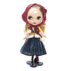 Blythe Winterish Allure December 2015 doll