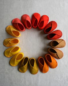 Vilten schoentjes / Felt shoes