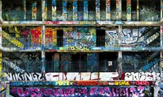 Graffiti walls [Piscine Molitor] (Paris, France)