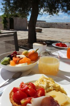 breakfast under olive trees