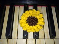 Sunflower handmade #1 | TEEA Spacegirl