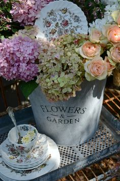 Blooming Dishes and a Flower Fix | Home is Where the Boat Is