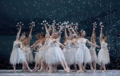 The Nutcracker Ballet, Snow