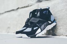 NIKE AIR TRAINER HUARACHE (BLACK/COOL BLUE) | Sneaker Freaker