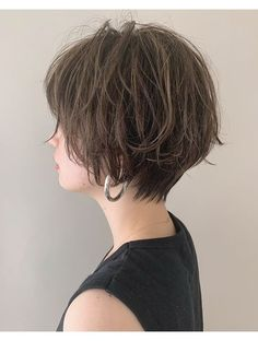 Short Hair Cuts For Women, Medium Hair Cuts, Medium Hair Styles, Short Hair Styles, New Haircuts, Makeup Art, Hair Inspo, New Look, Wedding Hairstyles