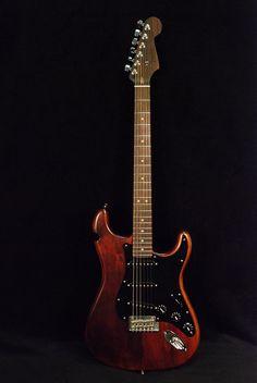 Fender Reclaimed Eastern Pine Stratocaster Dark Stain w/Rosewood