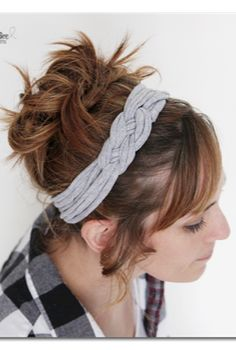 here's how to make that knotted headband from a tshirt - and there's even a VIDEO to walk you through it.  This would be great to make for gifts!