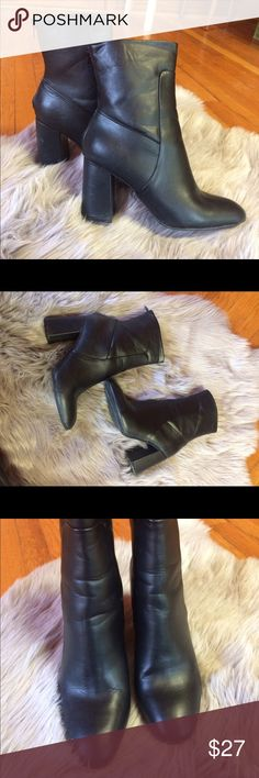Topshop black boots Worn only once. No scruffing. Not topshop, brand only used for exposure. Fits size 8.5 Topshop Shoes Ankle Boots & Booties