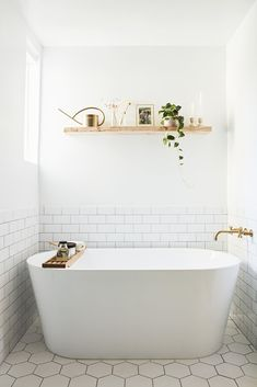 28 Bathroom Wall Decor Ideas to Increase Bathroom's Value Bath Room, Freestanding Tub, and Subway Tile Wall Bathrooms We Love: Beauty Vlogger Kristin Johns Showcases Her Glistening Bathroom in Los Angeles - Photo 4 of 9 - Bad Inspiration, Bathroom Inspiration, Bathroom Renos, Master Bathroom, Bathroom Ideas, Bathroom Renovations, Shower Ideas, Bathroom Tray, Bathroom Photos
