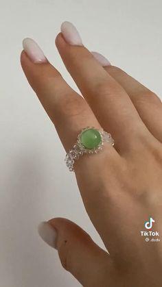 Diy Beaded Rings, Diy Jewelry Rings, Diy Jewelry Unique, Diy Crafts Jewelry, Ring Crafts, Bracelet Crafts, Bead Jewellery, Diy Jewelry Necklace, Funky Jewelry