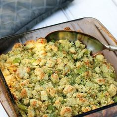 Melt in Your Mouth can u roast brussel sprouts from top chefs Melt in Your Mouth can u roast brussel sprouts from top chefs Gluten Free Thanksgiving, Thanksgiving Stuffing, Roast Recipes, Low Carb Recipes, Eat Happy, Sprouts With Bacon, Roasted Vegetables, Roasted Sprouts, Almond Recipes