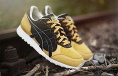 """An official look at the Hanon x ASICS x Onitsuka Tiger """"Glover"""" pack releasing on September 27."""