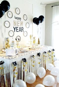 54 Easy DIY New Years Eve Party Decor Ideas interior #design #54 #easy #diy #new #years #eve #party #decor #ideas