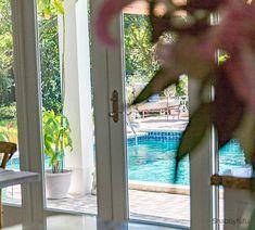pool view miami kitchen
