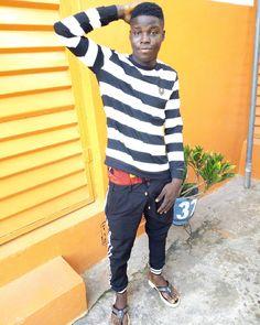 "twostargogo on Instagram: ""time is money but money can bye time shogokay ti connect ji masun"" African Men Fashion, Mens Fashion, Time Is Money, Connection, Instagram, Tops, Women, Moda Masculina, Man Fashion"