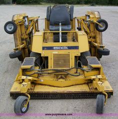 I owned one of these for about a month. It was too heavy to move around on a landscape trailer and wasn't that great on slopes. The new Raptor's are light years ahead of this ole gal. Landscaping Equipment, Lawn Equipment, Outdoor Power Equipment, Landscape Trailers, Mowers For Sale, Light Year, Lawn Mower, Tractors, Truck