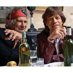 Find images and videos about mick jagger, the rolling stones and Keith Richards on We Heart It - the app to get lost in what you love. Los Rolling Stones, Like A Rolling Stone, Keith Richards, Rock Roll, Sympathy For The Devil, Photo Star, Estilo Rock, Greatest Rock Bands, Star Wars