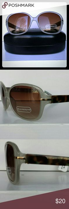 Ann Taylor Sunglasses Get ready for Spring and Sunmer with these Ann Taylor Factory Sunglasses! Very Pale Grey at the front, Simple Gold Accent on the corners, and a fresh take on the  Tortoise Shell Classic with Green, Brown, and Pale Grey on the Sides. Separately, the sunglass case retails for $12.99 and the sunglasses for $34.99 (Total Value  $47.98) Selling together for one low price! Ann Taylor Factory Accessories Sunglasses