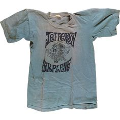 Jefferson Airplane Women's Vintage T-Shirt (2.580 ARS) ❤ liked on Polyvore featuring tops, t-shirts, vintage tees, blue tee, blue top, vintage rock t shirts and vintage rock tees