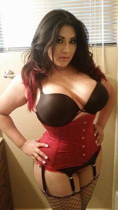 Hot Girl Ivy