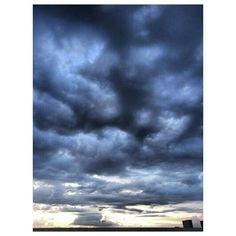 #dark#cloudy#sunset#sky#clouds#philippines #曇り で暗い#夕焼け#空#雲#フィリピン