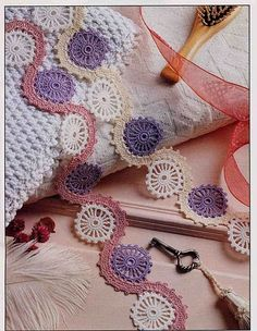 Circle and Waves Motif ⋆ Crochet Kingdom Crochet Motifs, Crochet Borders, Crochet Stitches Patterns, Thread Crochet, Crochet Trim, Crochet Scarves, Crochet Lace, Crochet Garland, Confection Au Crochet
