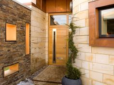 Best Contemporary Urban Front Doors Inspirations Need to Copy - DecOMG Contemporary Front Doors, Contemporary Interior, Front Door Images, Door Picture, Pivot Doors, Brick Architecture, House Front Door, Courtyard House, Modern Spaces