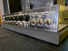 Bass Amps, Cool Tones, Mixer, Door Handles, Vintage, Music Instruments, Home Decor, Door Knobs, Decoration Home